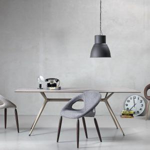 Italijanski stolovi i stolice